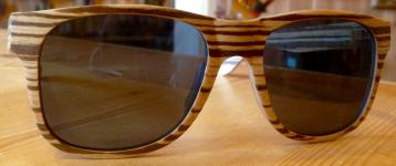 Sonnenbrillen aus Holz