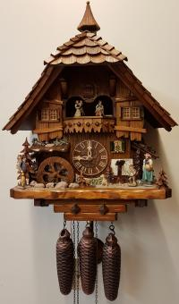 Schwarzwaldhaus 8-Tage Musik 45 cm