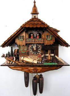 Schwarzwaldhaus 58 cm 8-Tage Musik- Tänzer