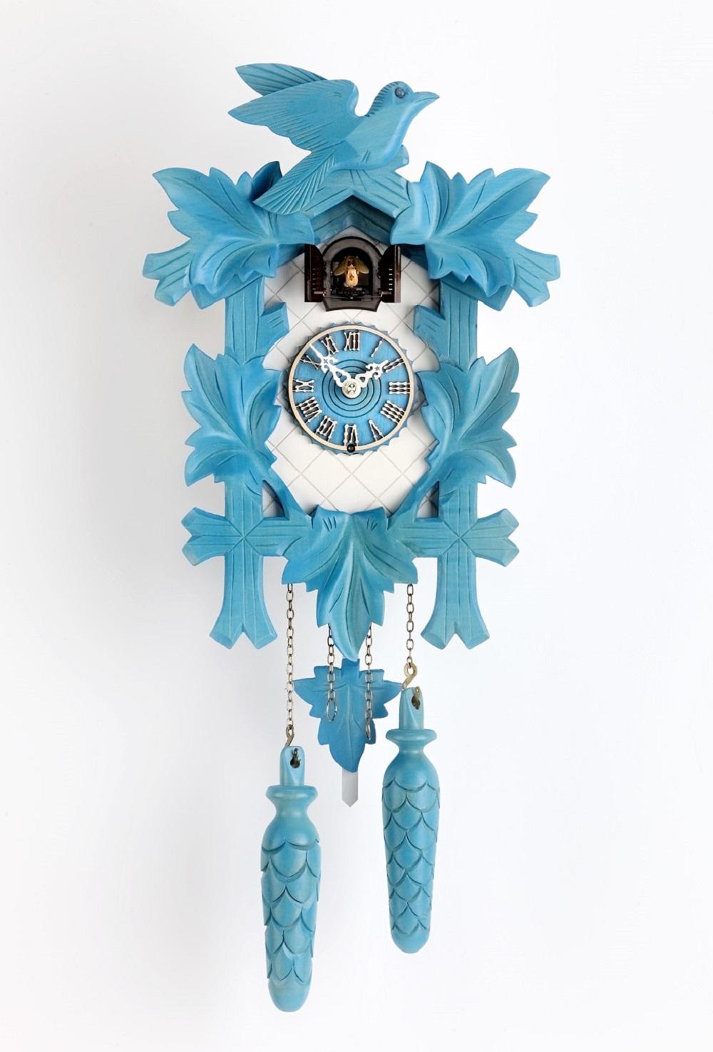 schwarzwald kuckucksuhren online shop quarz kuckucksuhr 32cm f nflaub blau wei online kaufen. Black Bedroom Furniture Sets. Home Design Ideas